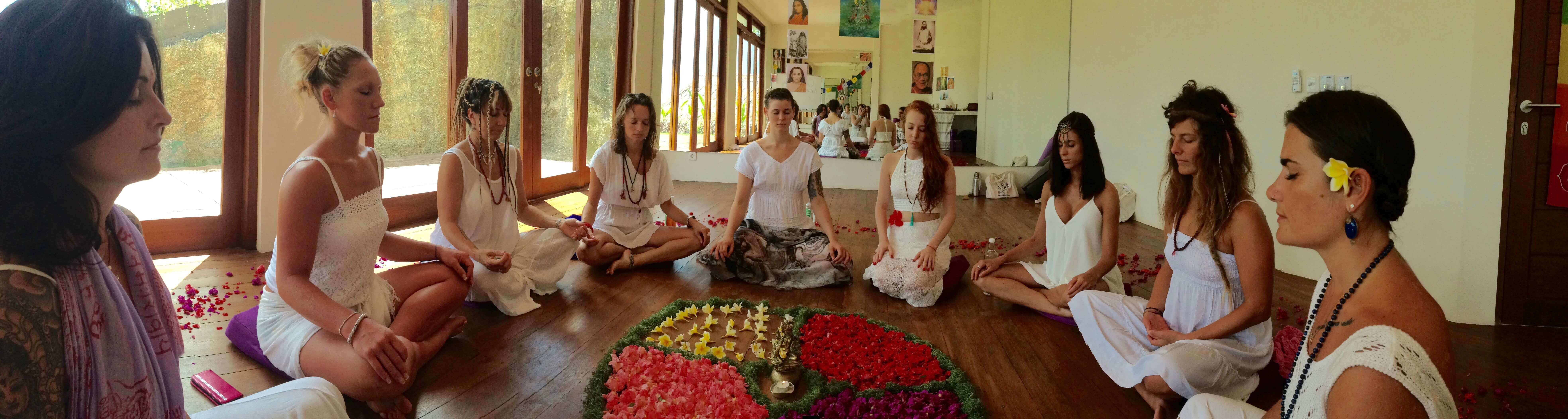 300-hour-yoga-teachers-training-Goa-2018