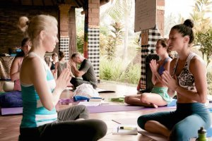 300-hour-yoga-teacher-training-goa-2018